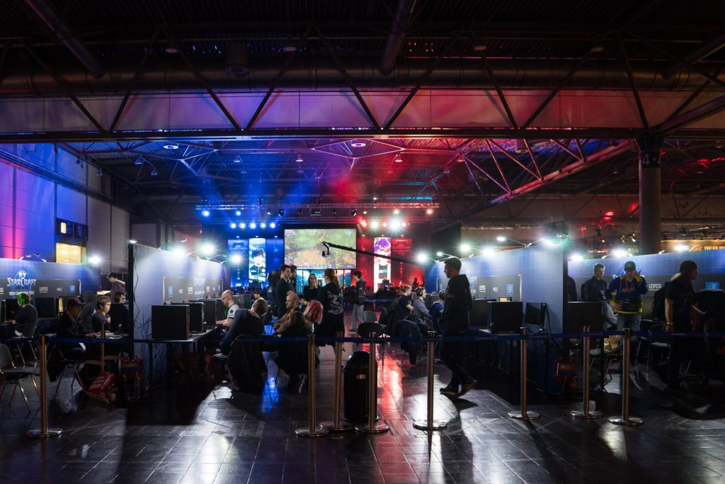 How the popularity of eSports is rising in India: future and pitfalls