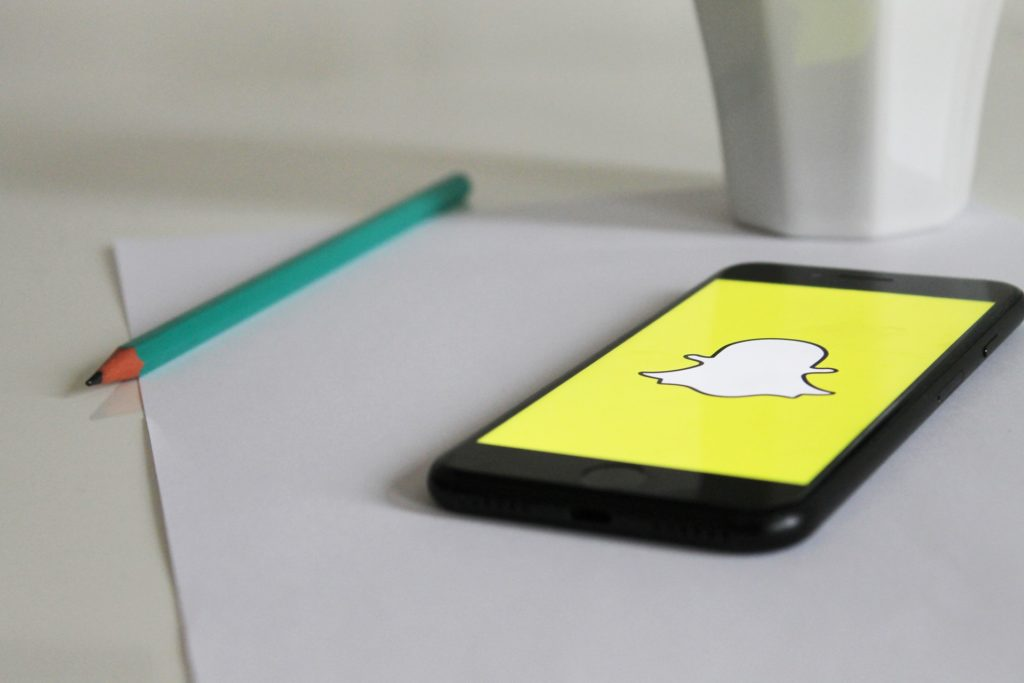 Snapchat stuggles as the number of active users dwindle