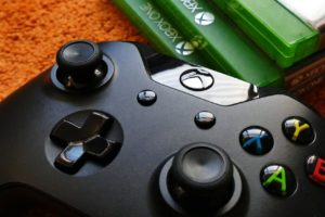 Xbox One will soon support keyboard and mouse; partners with Razer
