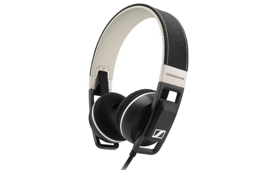 Top 5 headphones under INR 10,000