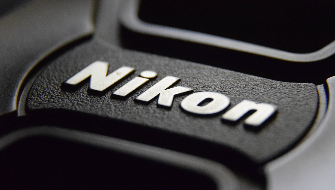 Nikon vs Canon: Which one should you buy? A beginner's perspective