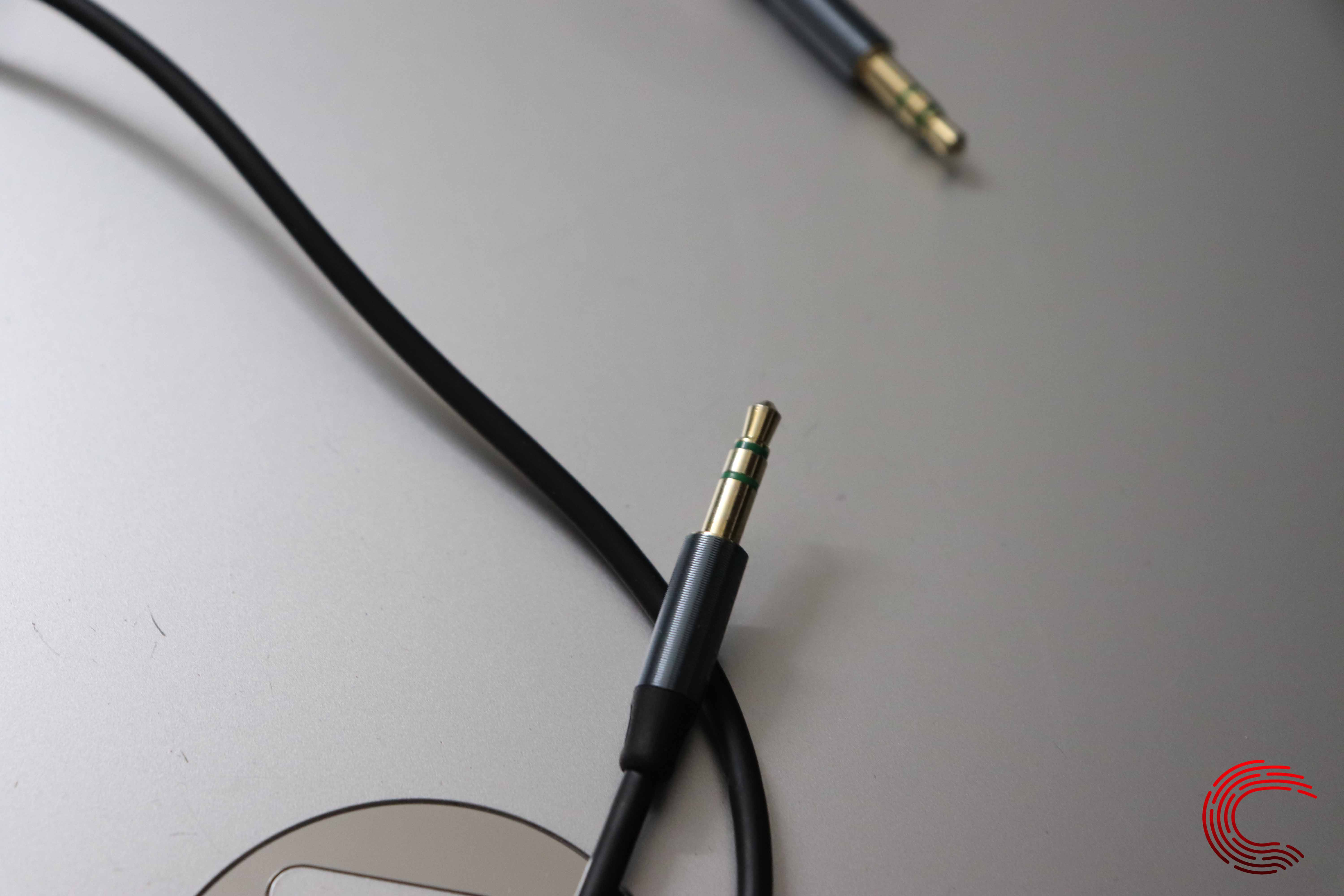 How length, thickness and connectors can affect cable performance