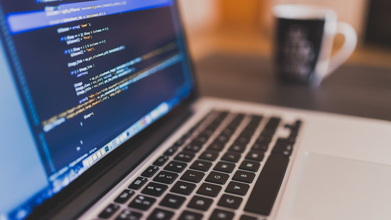Top 7 IDEs and Text Editors to code Python, Java, C++, HTML and more