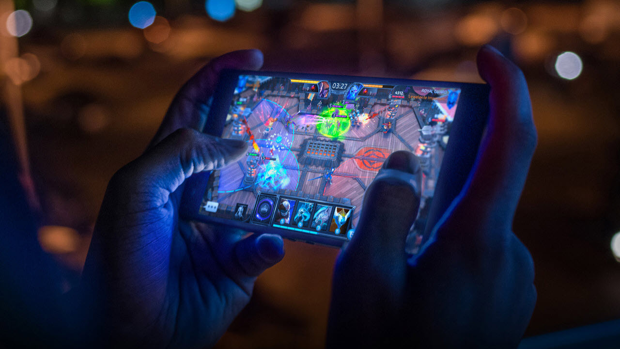 Gaming features for smartphones: Do they really make a difference?