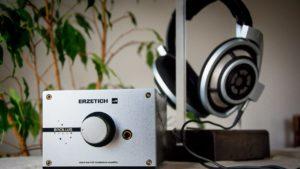 In-ear earphones vs On-ear headphones vs Over-ear headphones