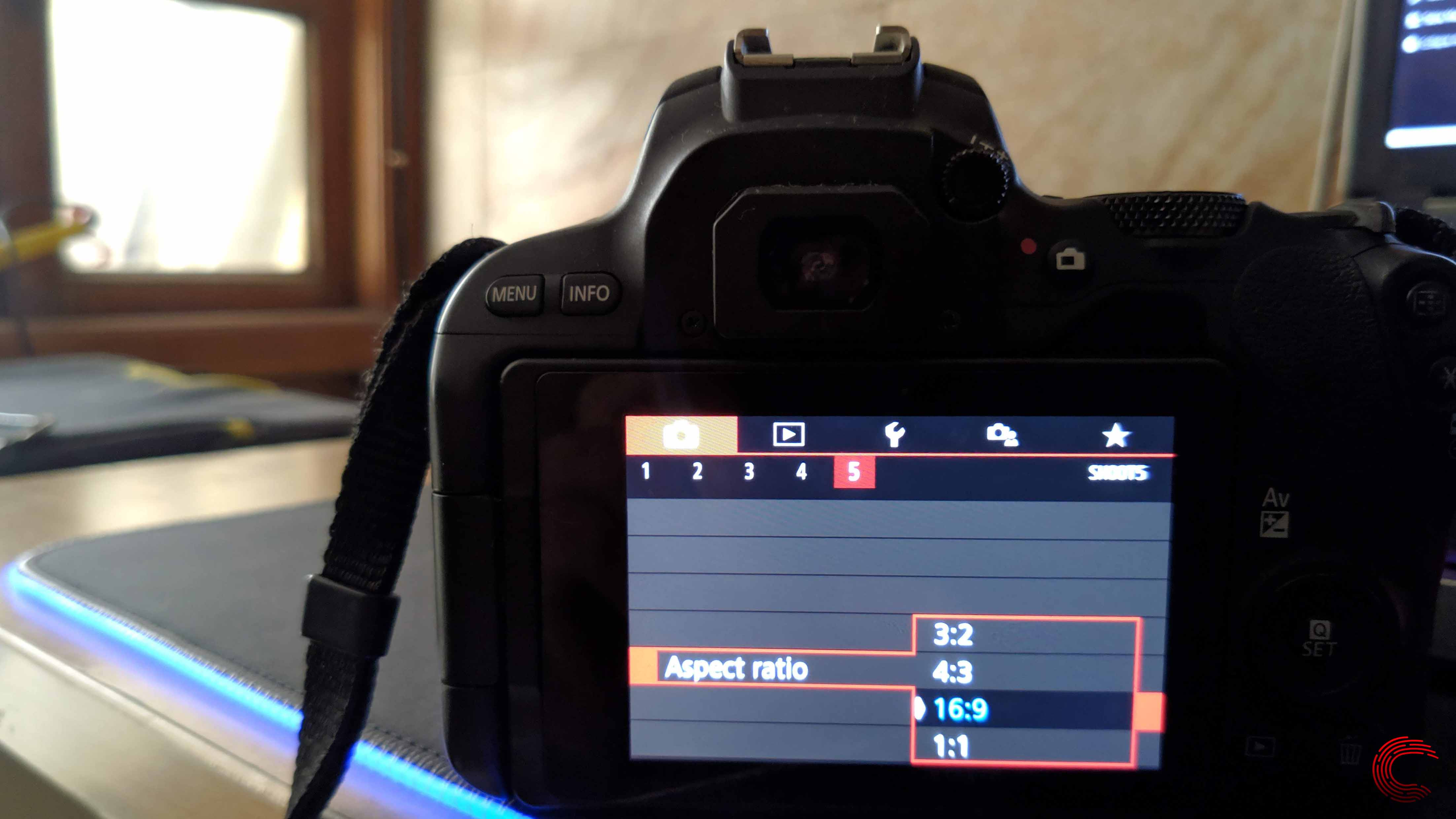 What are aspect ratios and how to use them? | Candid.Technology