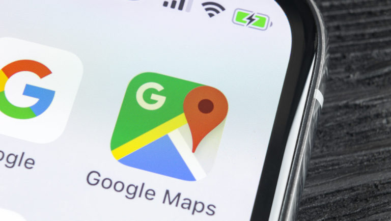 How to add a crash report, speed trap or traffic slowdown to Google Maps?